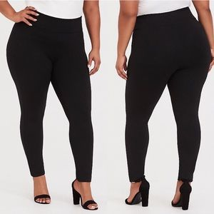 Torrid Premium Ponte Pixie Pant - Black, Slim Fix